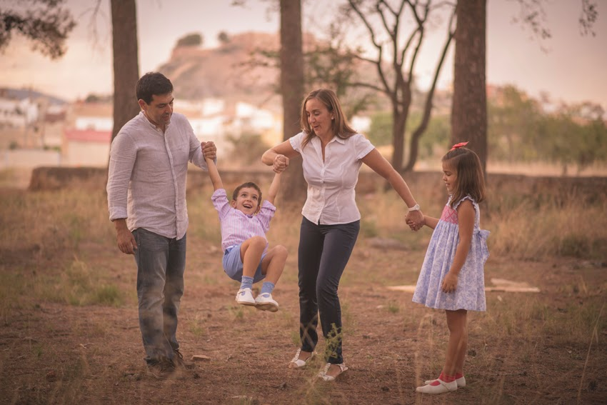 Sesion Fotografica Familia Saez Solsona Ribesalbes (12)