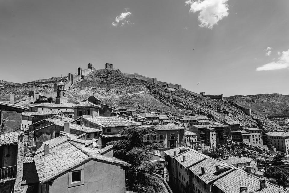 Boda en Albarracín de Javi y Tamara